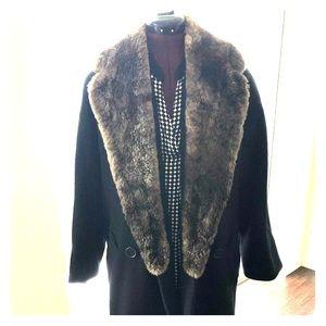 Calvin Klein Real Fur Trim/Collar Peacoat. Size 6